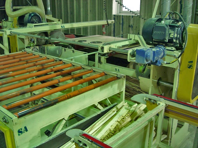 Plywood Trimmer Line with Auto Feeder Image