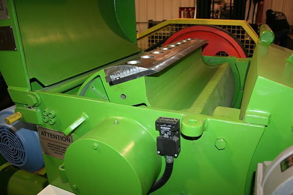 industrial chipper fhi from veneer services blade close up 2