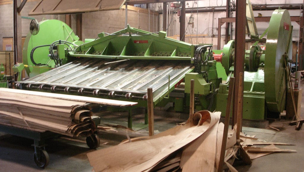 Remanufactured half round slicer for hardwood veneer production
